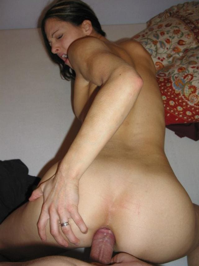 my-girlfriend-naked-ass-photos-bloody-shaved-pussy