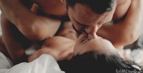 Sexo Suave de GIFs. Mais de 100 imagens em movimento de amor lento