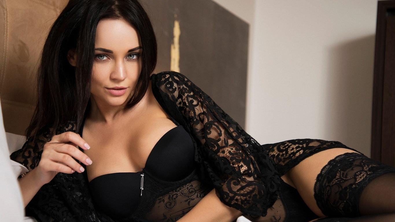 Фото красивых девушек в нижнем белье. 130 красоток