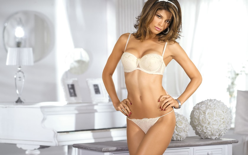 Photos of Beautiful Girls in Underwear. 130 beauties