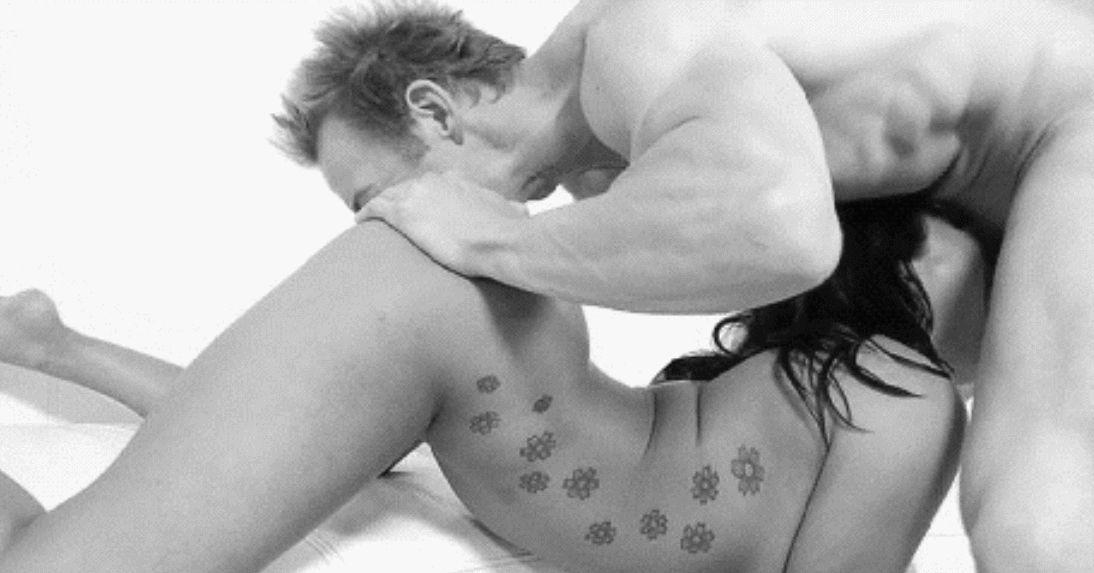 GIFs porno en pose 69. Mamada y cunnilingus al mismo tiempo
